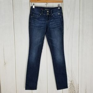 Grane Low-rise Waist Curvy Skinny Jeans